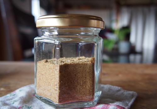 【家で簡単】免疫力アップ!万能調味料の蒸ししょうがパウダー作り