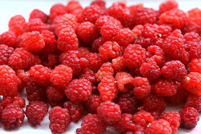 【完成】ラズベリー酢作り。美白効果も期待できる嬉しい果実